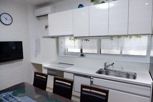 古民家に最新設備を入れて再生させ、現在の暮らしに合わせ住みやすくした家